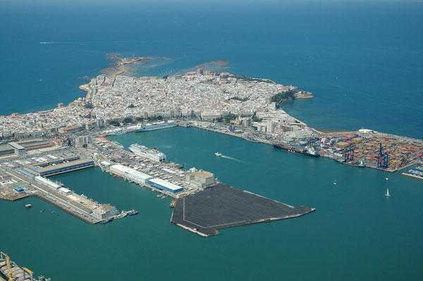 Cadix port immobilier espagne
